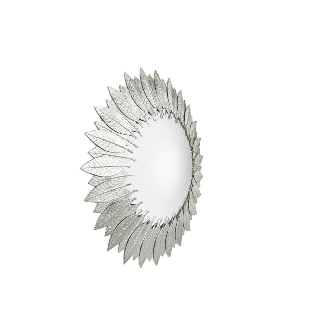 The Leaf | Mirror in Silver finishing.