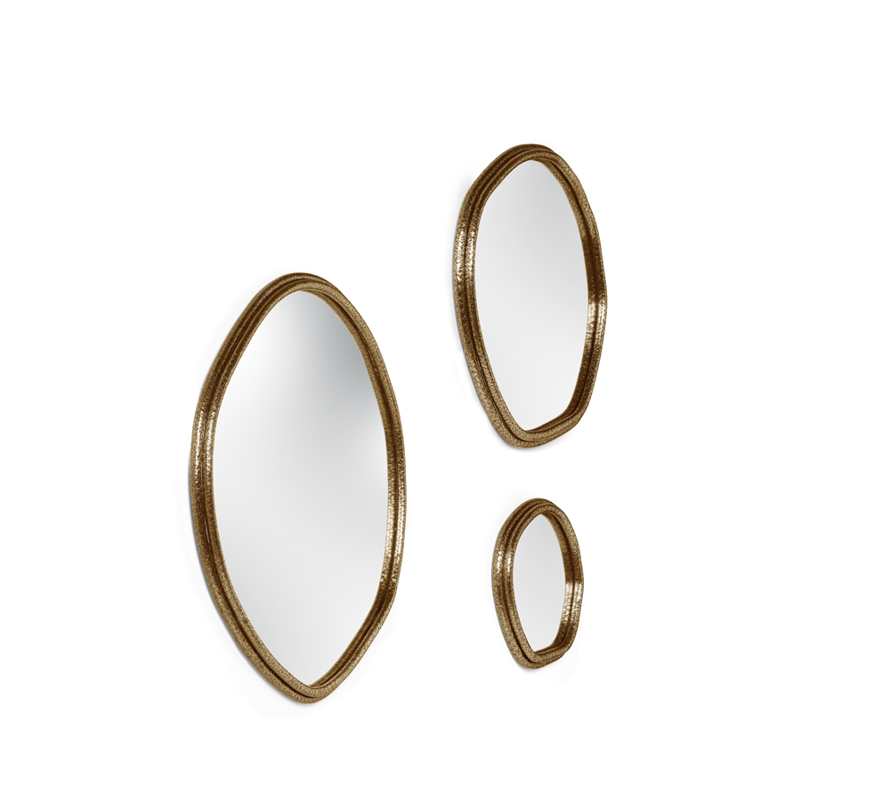 A composition of the three sizes available - Core | Mirror.