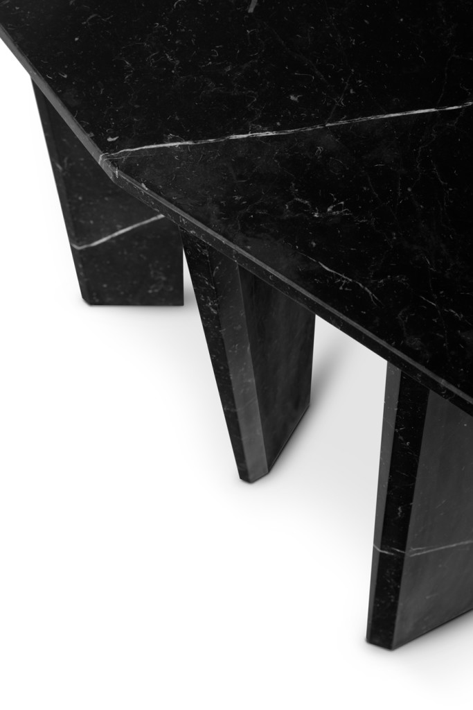 Detail of the Dolmen | Console