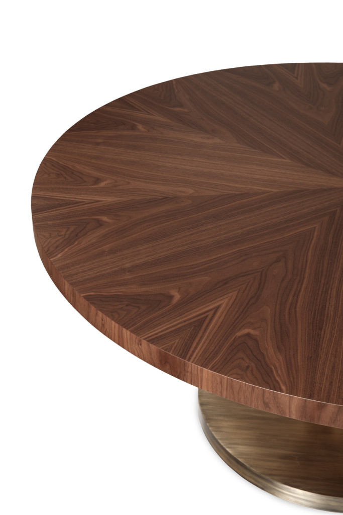 Detail of the Primitive | Round Dining Table