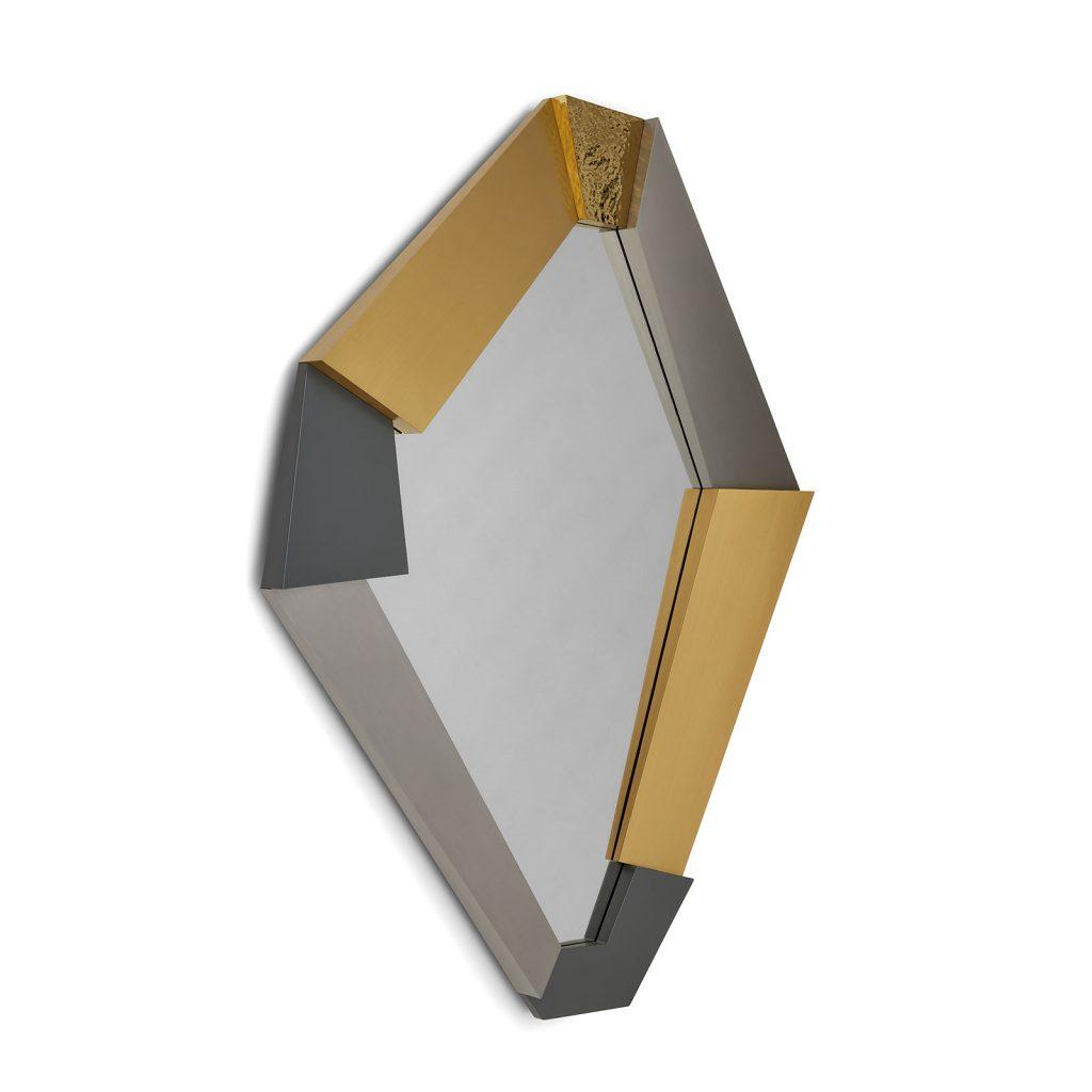 Fragments Mirror