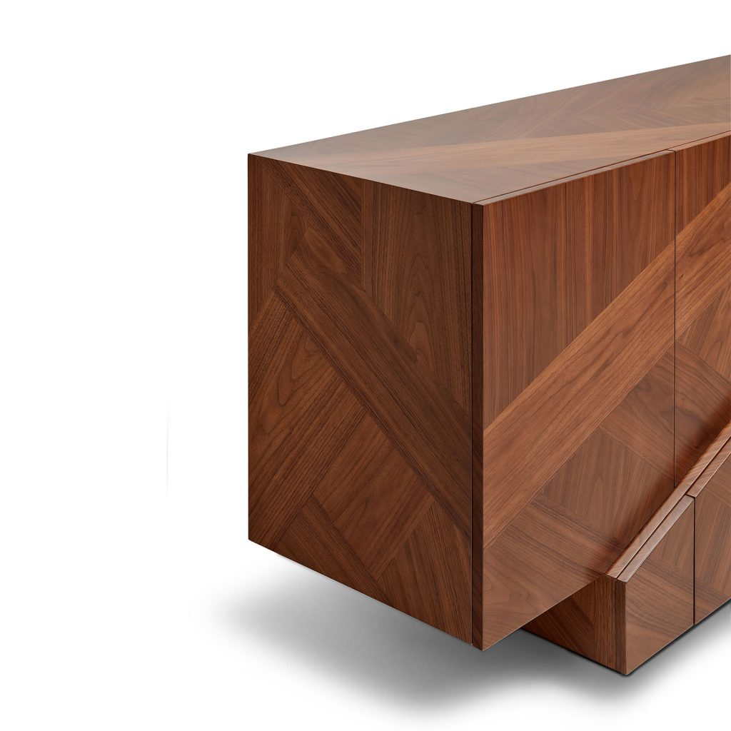 Detail of the Meridiano | Wood Sideboard